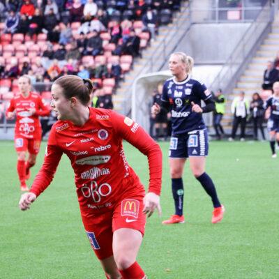 Maja Regnås under KIF Örebros match mot Linköping den 26 oktober 2019.